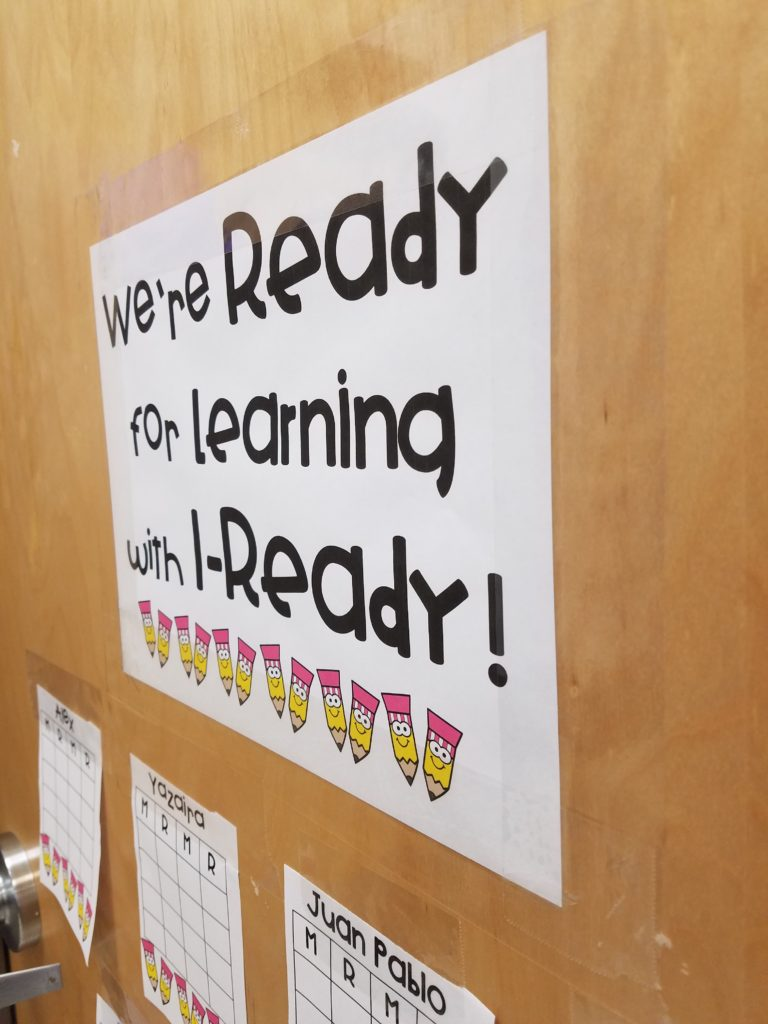 We're Reading for Learning with I-Ready time tracker chart- TheAppliciousTeacher.com